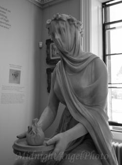A Veiled Vestal Virgin - Rafaelle Monti