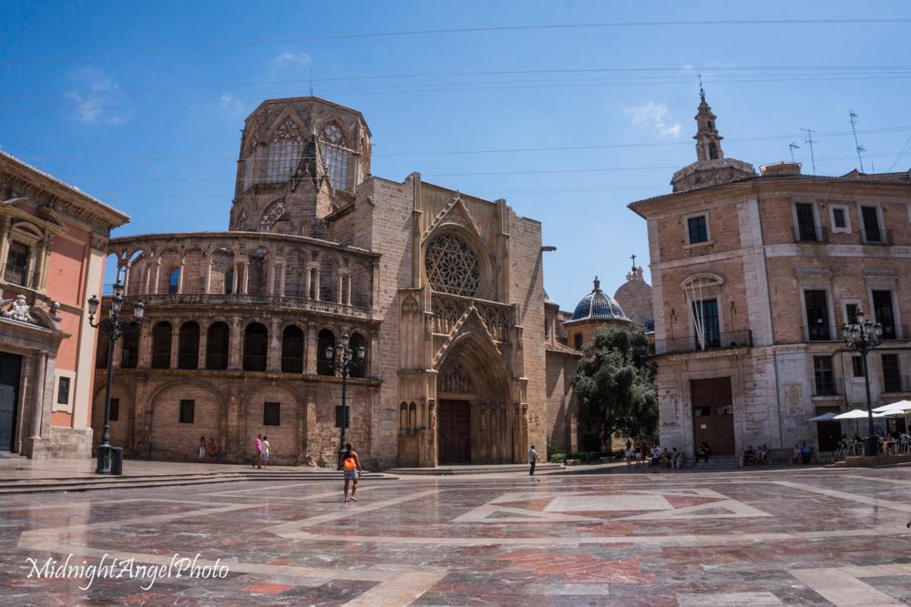 Plaça de la Mare de Déu dels Desamparats