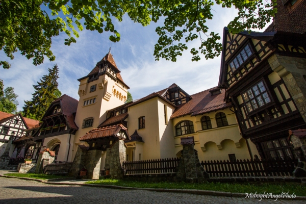 The hotel near Peleș Castle