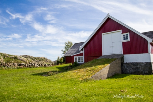 An old farm building on the island of Eigerøya